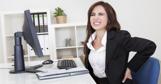 5 positions at work to relieve your back